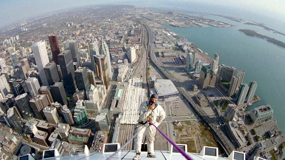 Extreme ROPE ACCESS on the CN TOWER
