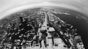 Човека паяк Иван Кристоф на най-високата кула